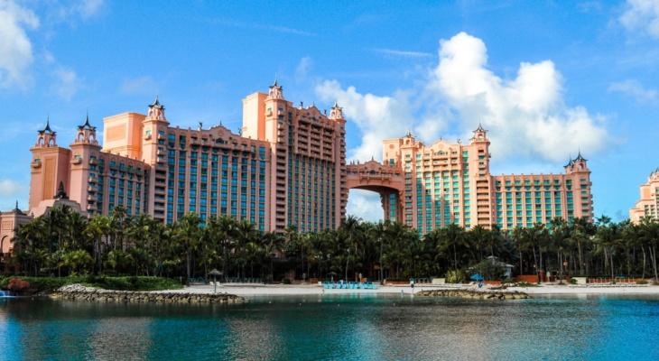 Enjoying Atlantis Paradise Island In The Bahamas